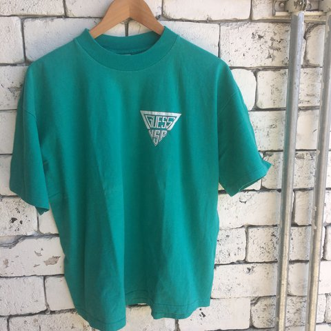 e270870c65c628 Vintage 90s Guess USA Teal T shirt Check the tag so you it - Depop