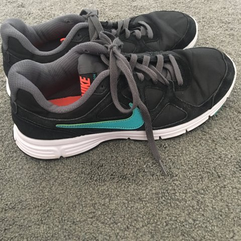 4b260fb44c4 Nike revolution running trainers size 8. Worn a few times - Depop