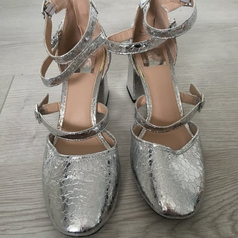 c245cd4c7e338 @dlahayward. 5 months ago. Bury, United Kingdom. Miss Selfridge metallic silver  low heel sandals, with crackle finish. Worn once ...