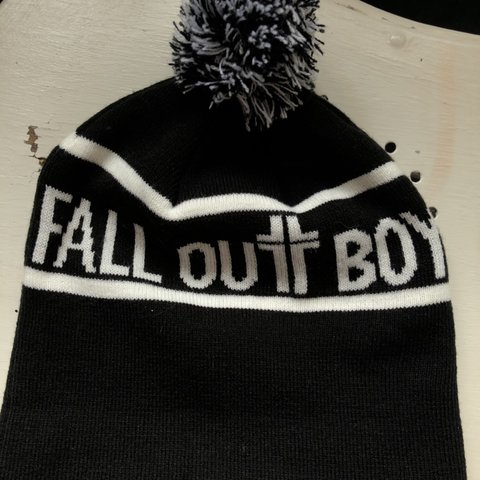 d5cfec600 fall out boy knit hat