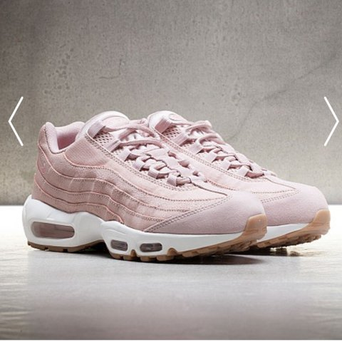 d07553fcc1c36 @livswelch. 2 years ago. Longwick, United Kingdom. Selling my rare oxford  pink Nike air max 95 in size 5 ...