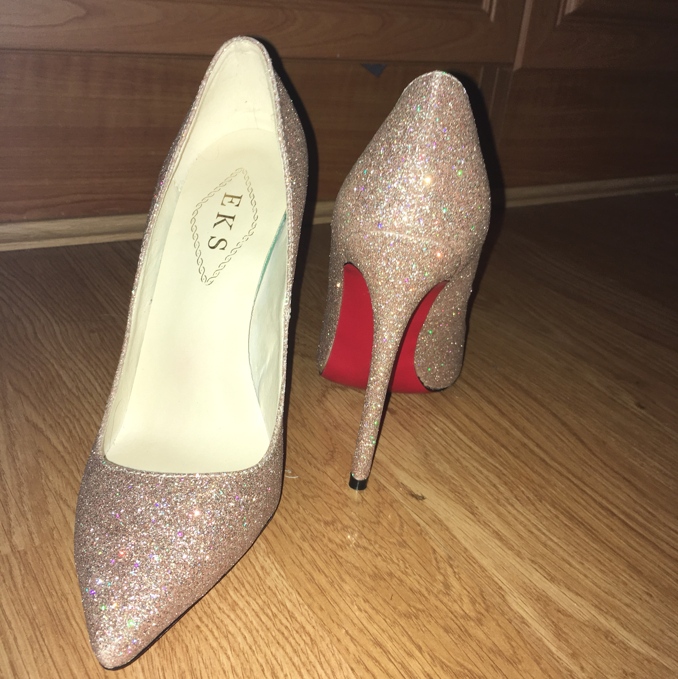 970875f7b2a Brand new red bottom gold sparkly heels. Never worn.... - Depop