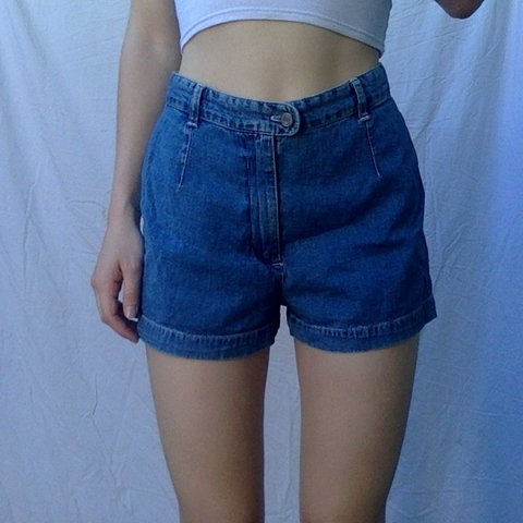 32fde9accf gap high wasted jean shorts ~very comfortable, soft denim. - Depop