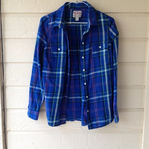 6cd1e123 @joanieurbanek98. 3 years ago. Fort Worth, TX, USA. Women's old navy small plaid  button down.