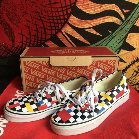 eeec44b14649d1 Vans Black and White Canvas Checkerboard Authentic Geometric - Depop