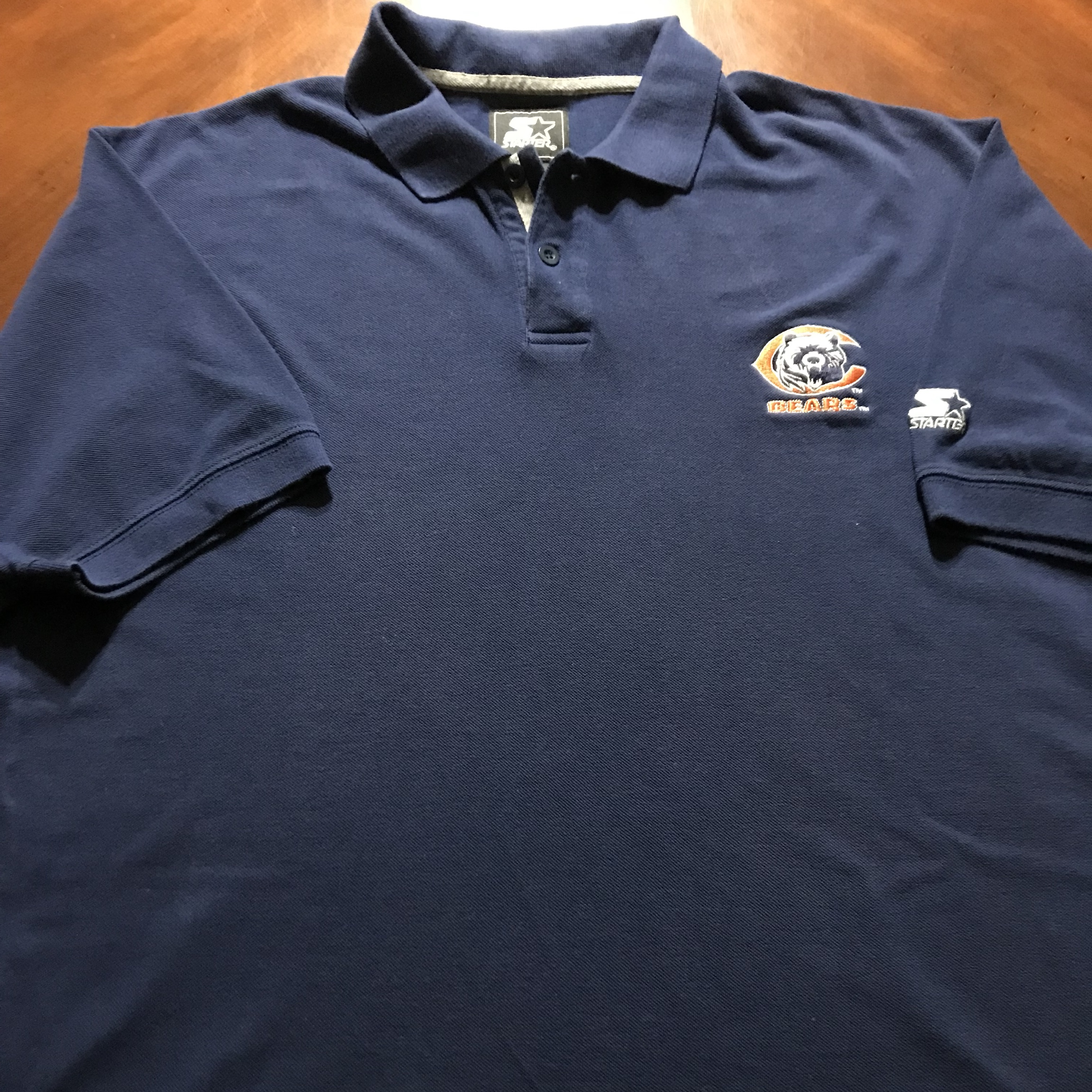 new style e5c10 a74fc Vintage Starter Chicago Bears Polo Shirt Size XL.... - Depop