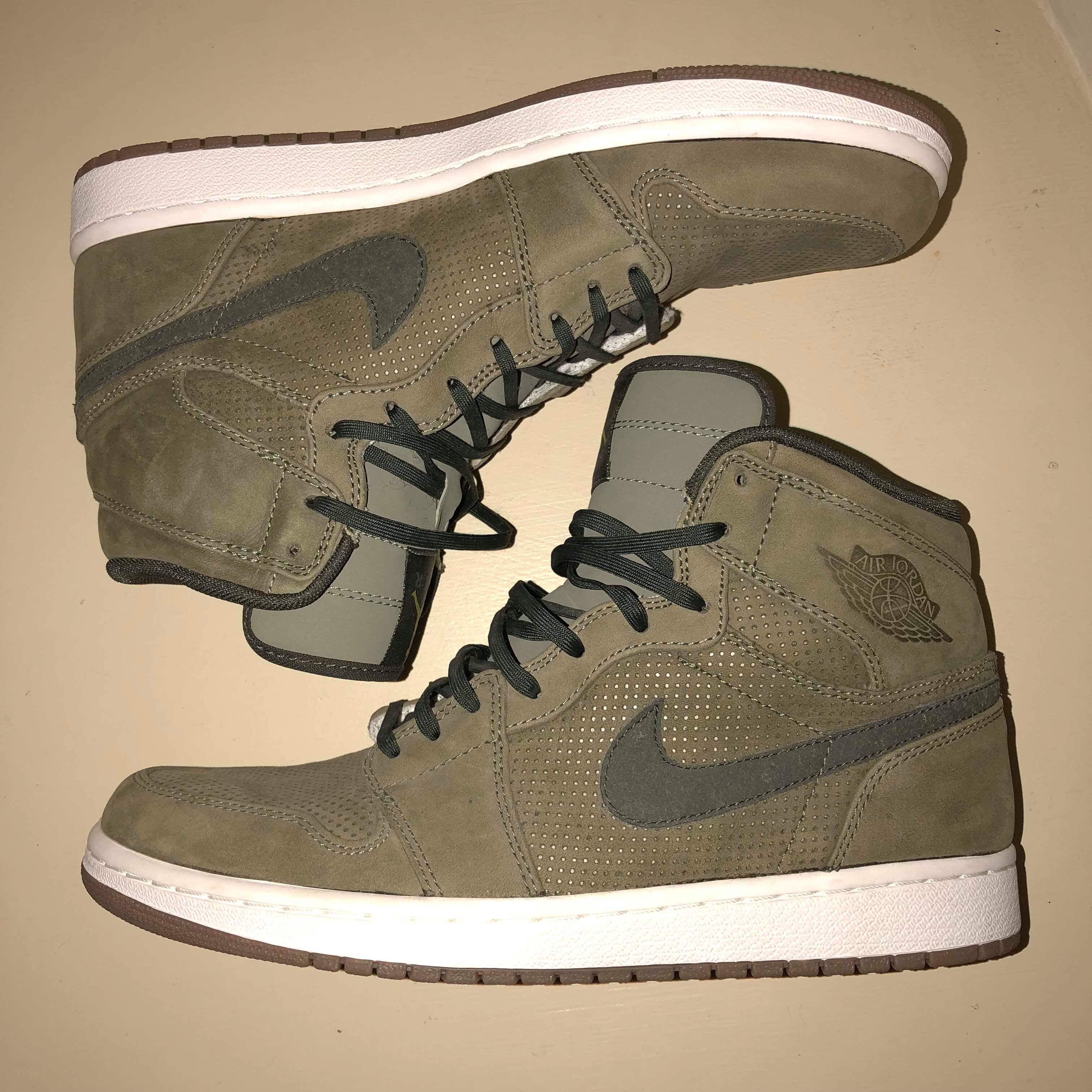 sports shoes 8ede6 99202 Nike Air Jordan 1 retro olive green Rare release... - Depop