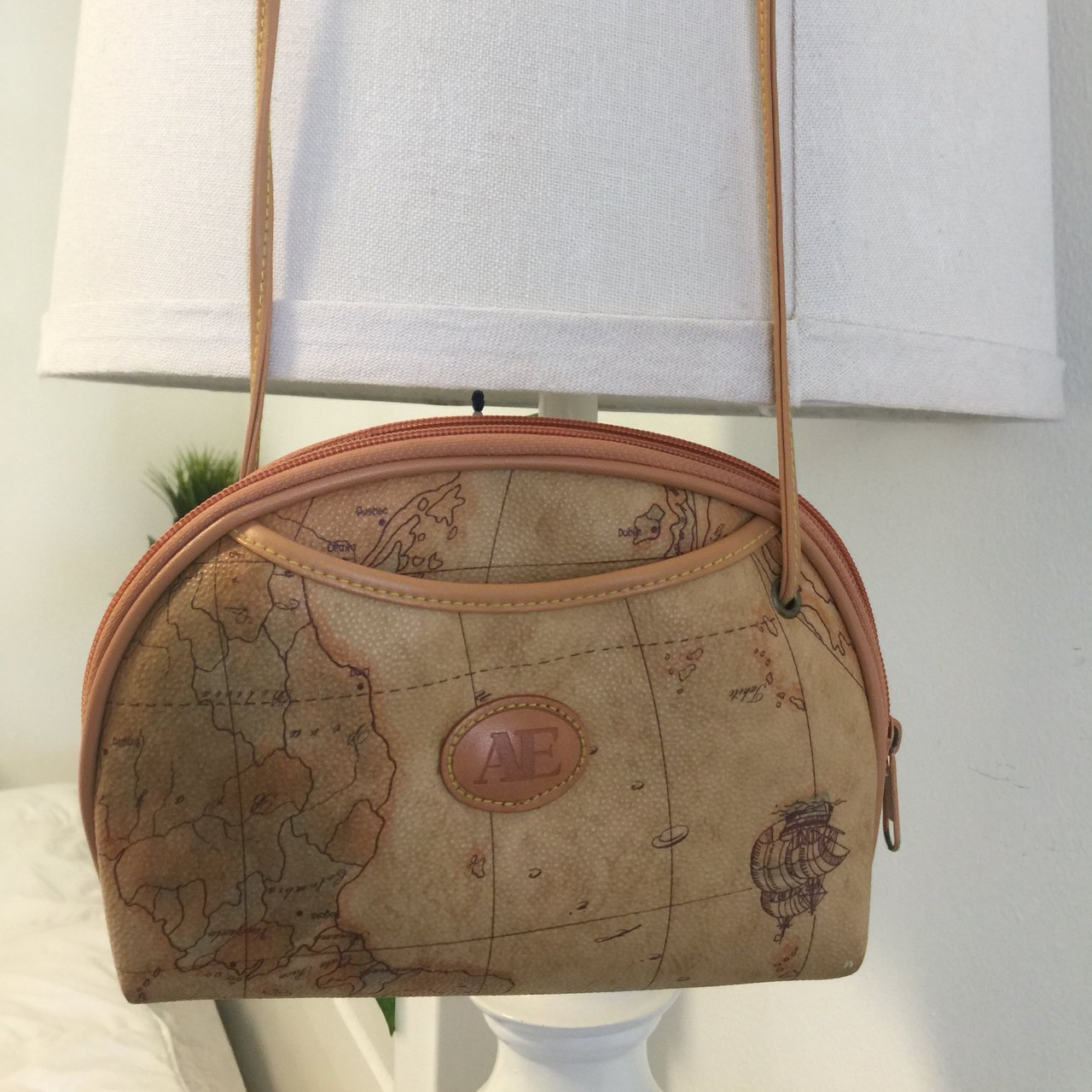 World Map Purse Super Cute And In The Greatest Condition Depop