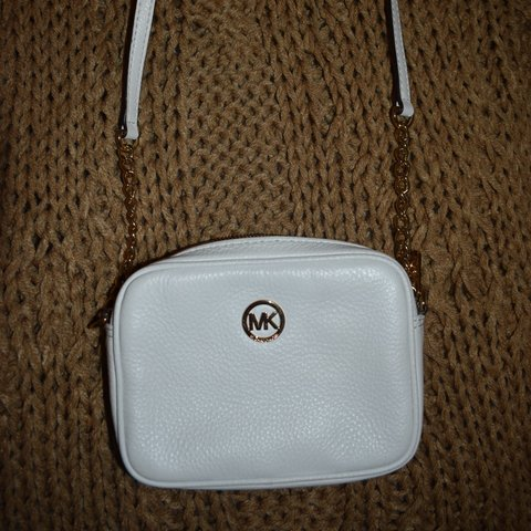 b8963873b135 White colored Michael Kors (small) crossbody purse! Gold for - Depop