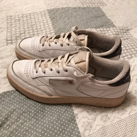 1353edfb95c Selling this Old school Reebok Classic Trainers White Club - Depop