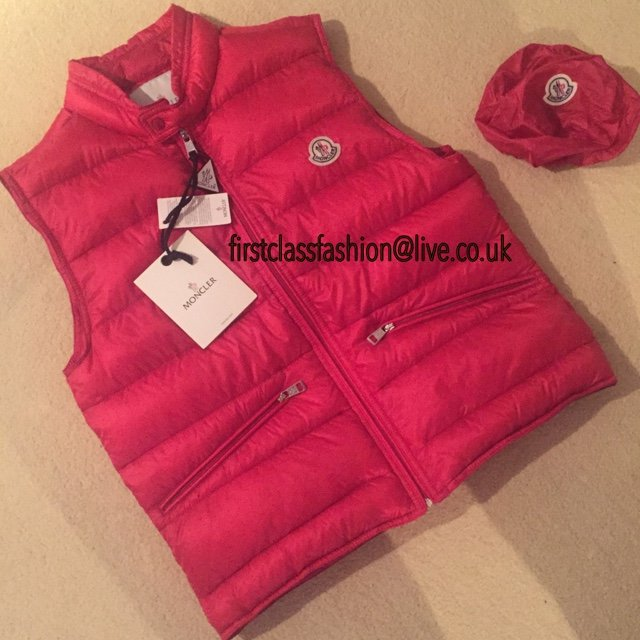 170df761fb22 Moncler gilet RED 🔴🔴🔴 • Sizes SMALL and MEDIUM available - Depop
