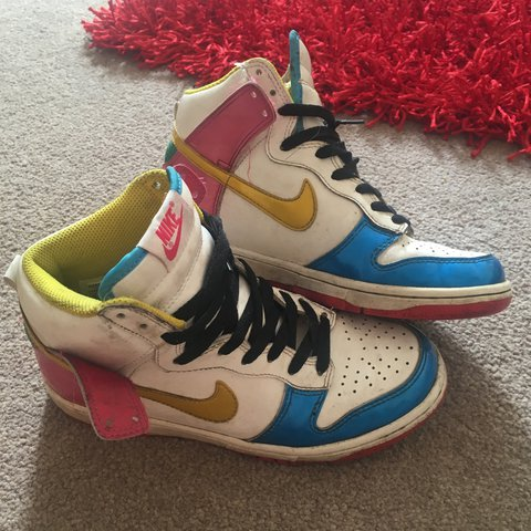 Nike vintage high top trainers e24377fa6