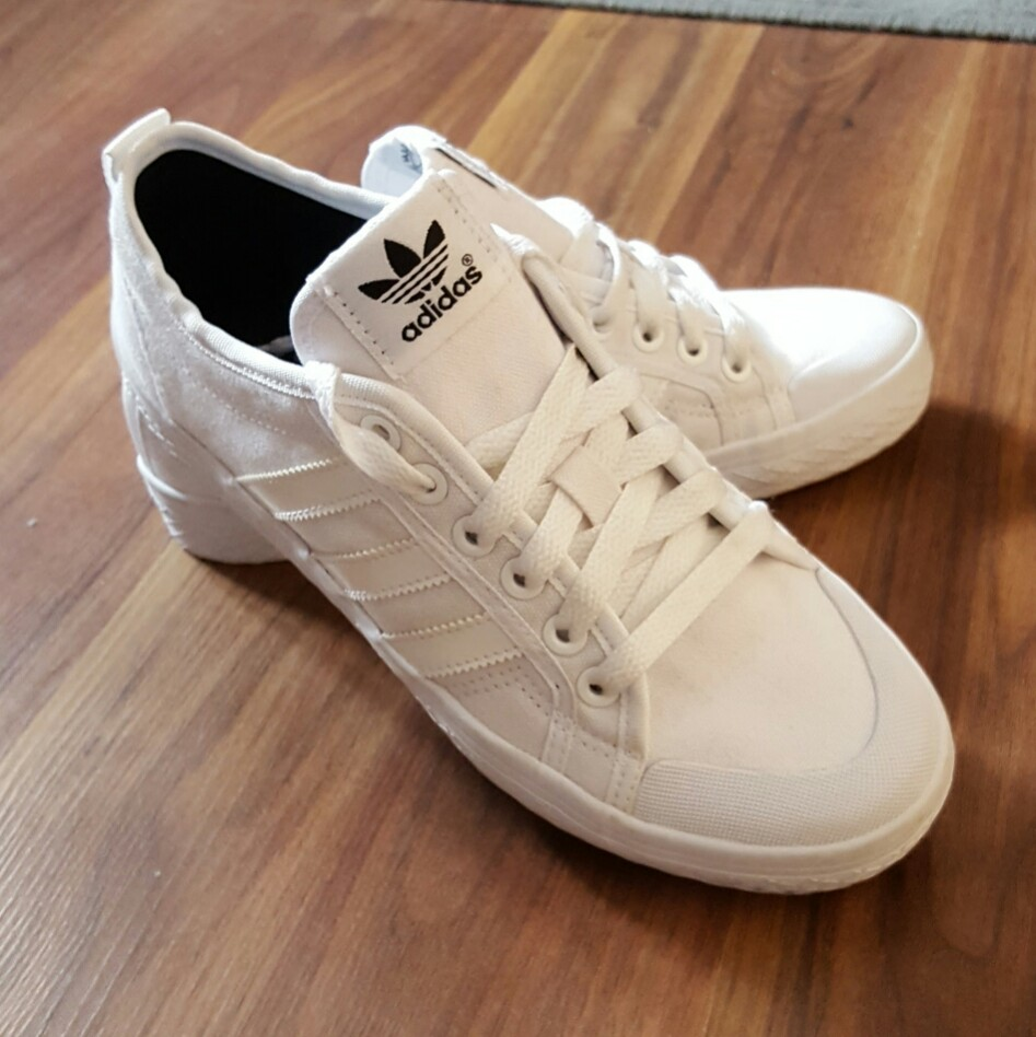 adidas trainers women size 4