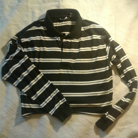 19532f30dc8 @anotherwomanstreasure. 27 days ago. Long Beach, Los Angeles County, United  States. Black and white striped collared shirt crop top. Look great ...
