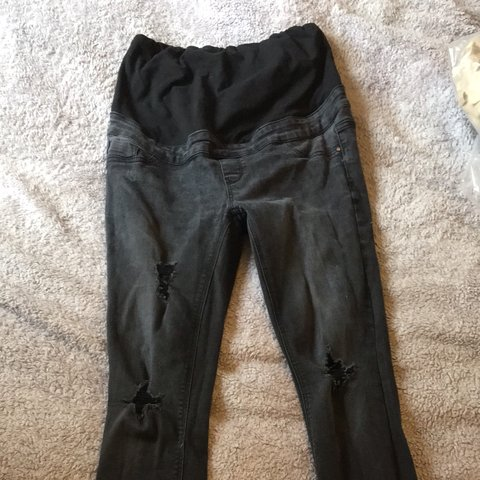 e3580ec0118 @amy_sunny. last year. Inverness, United Kingdom. Over the bump maternity  jeans. Black Size 10. Ripped skinny style