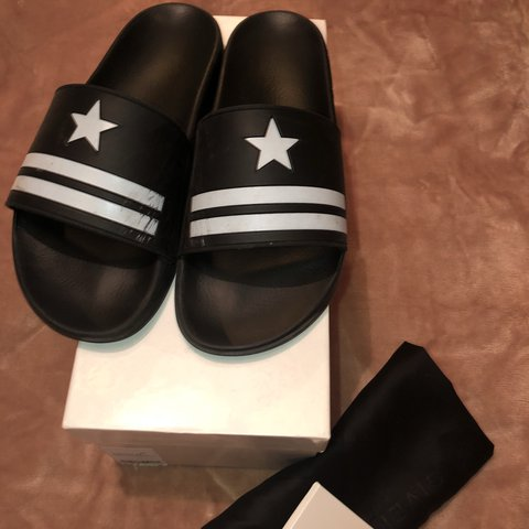 75dd353b7 Mens Givenchy slides. Size 9. RRP £175. Scuffed/scratched on - Depop