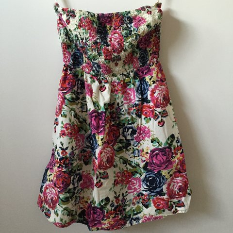 7ae42bf77876 @roadmap2nowhere. 2 years ago. United States. Strapless floral mini dress  ...
