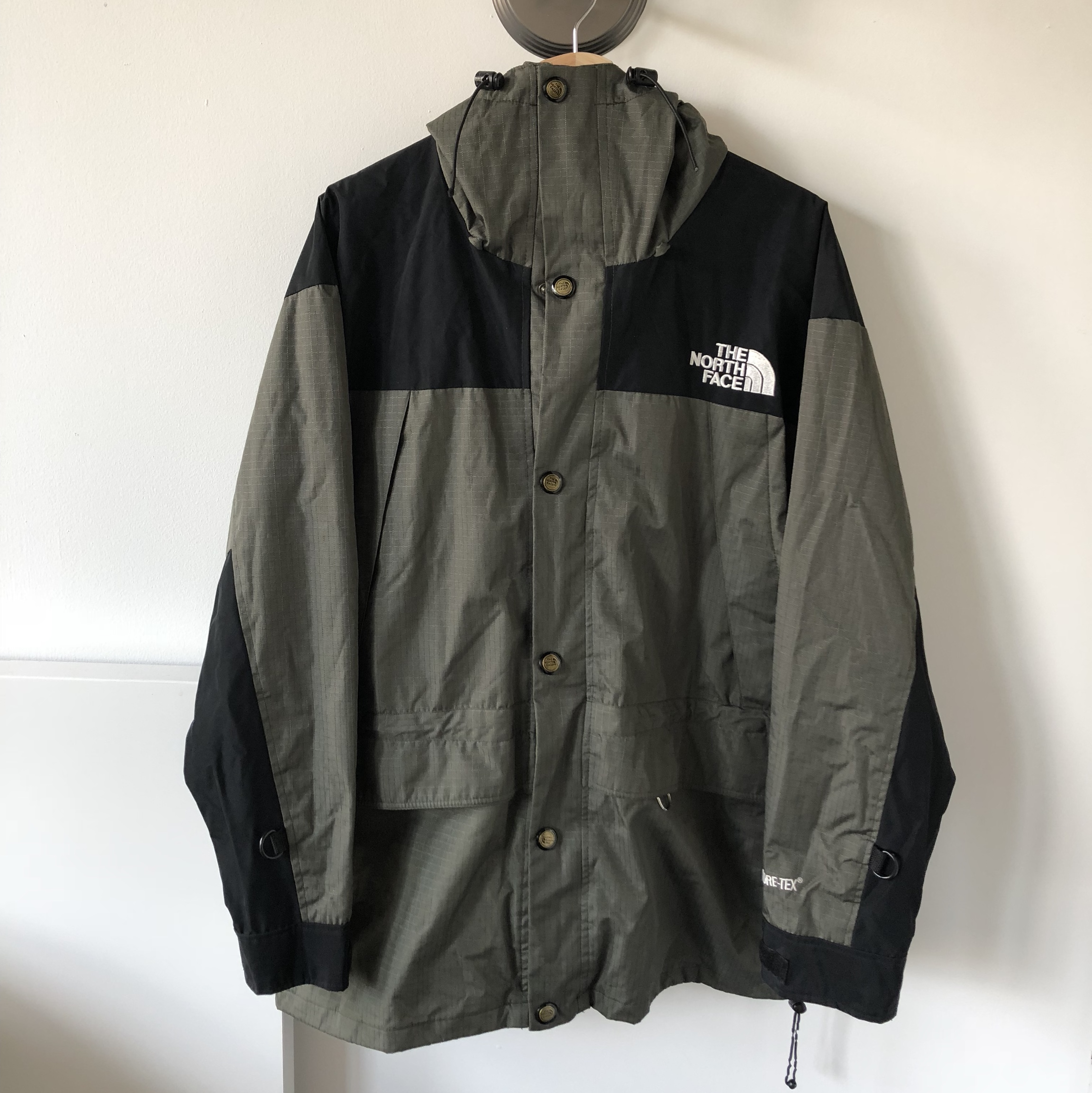 3fb41ec7073 Vintage 90s the north face mountain guide jacket... - Depop