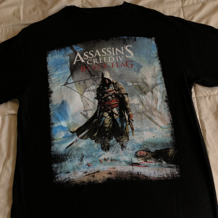 6a0f6844d2027 Assassins Creed Black Flag Tee Amazing Condition... - Depop
