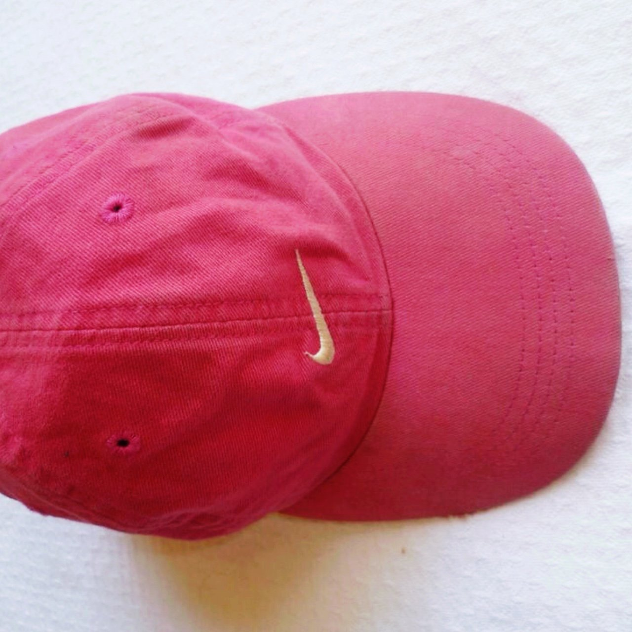 Women s pink retro NIKE swoosh cap. Second hand condition as - Depop 03b21eb796