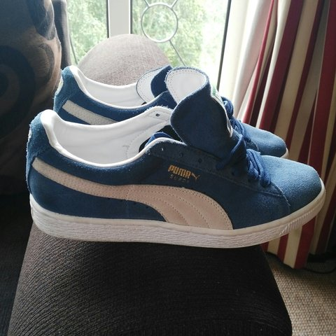 PRICE DROP. Puma suede trainers. Size 5 but would also fit a - Depop 1a5f1adab