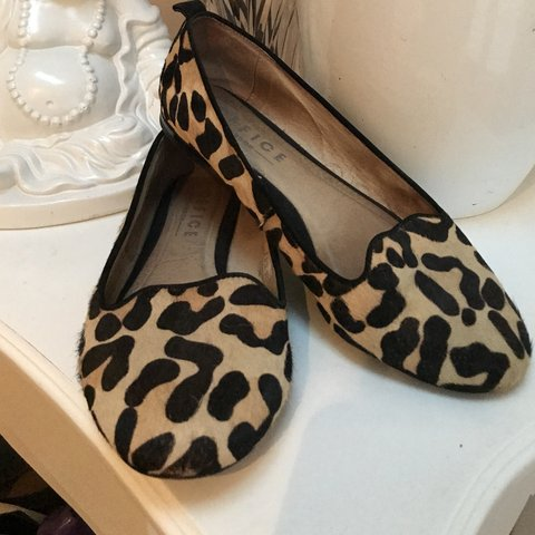 7429ed902421 Cheetah animal print flats. Ignore tags : Office flats aldo - Depop