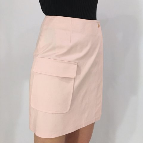 7b2dea9008 @issagrimm. 7 months ago. New York, United States. Uuggghhhh vintage pale  pink high waisted canvas cargo wrap skirt.