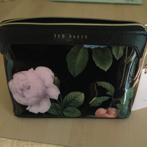 737183120dcb Small Ted Baker wash bag. Brand new with tags. RRP £27 - Depop