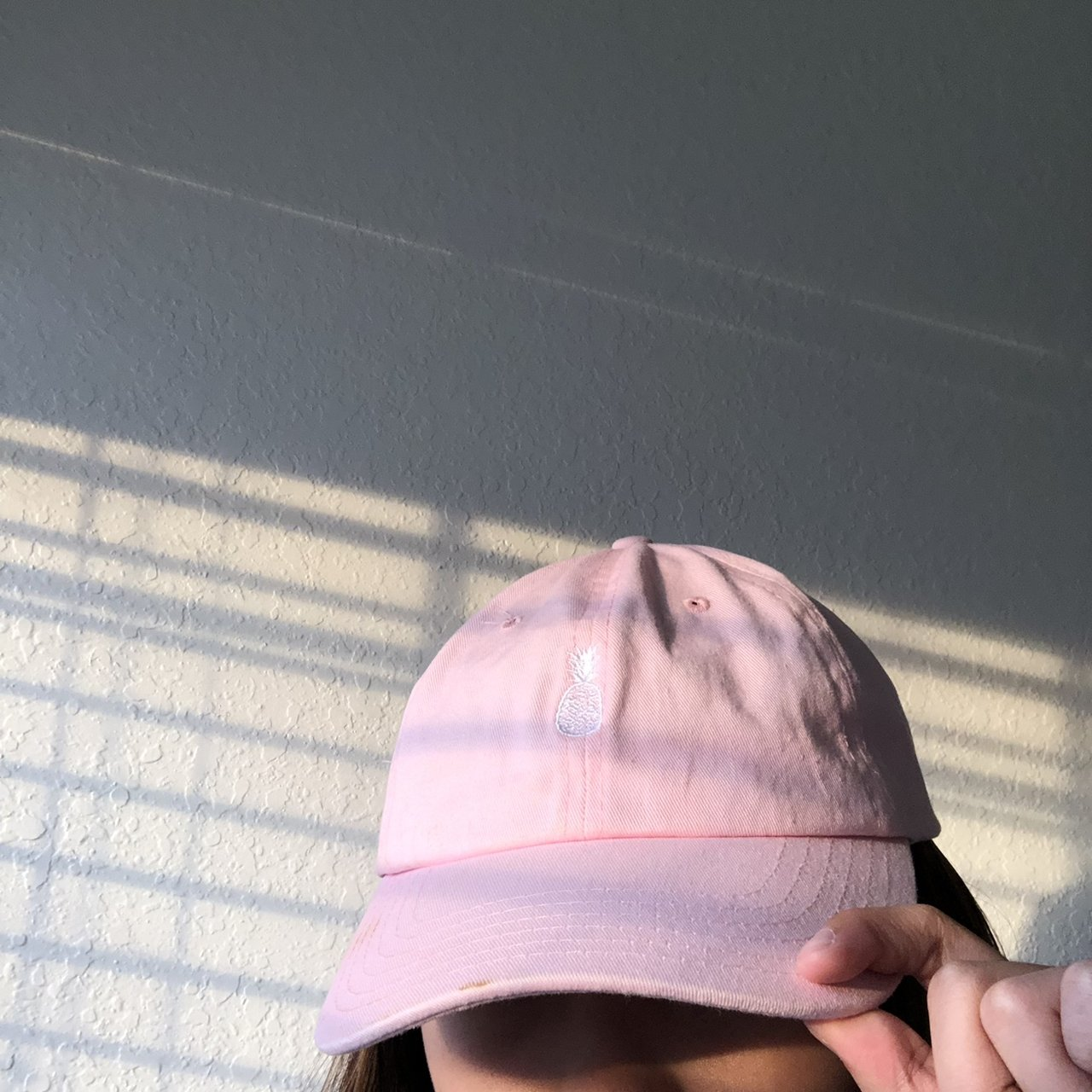 e43433f450e light pink hat with a white pineapple from zumiez -i only it - Depop