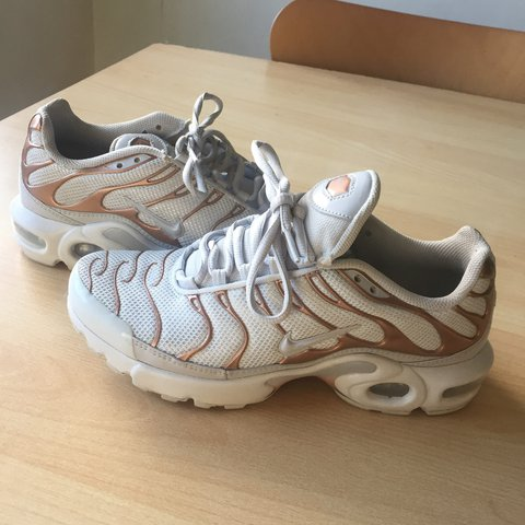 7af65ac421a0 white gold rose gold nike TN tuned 1. 9 10 condition - tiny - Depop