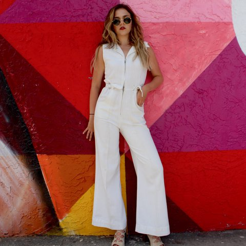 6aed78765778 AUTHENTIC 70s WHITE VINTAGE JUMPSUIT! The quality of this is - Depop