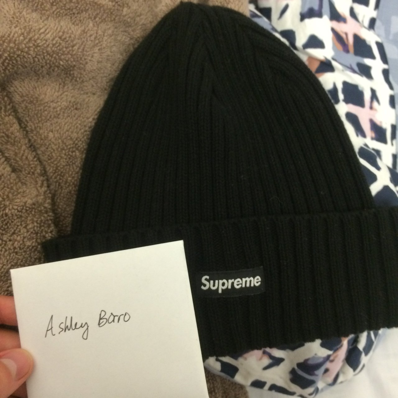 Supreme beanie small box logo black 9.5 10 condition SS16  92fe0dced3f