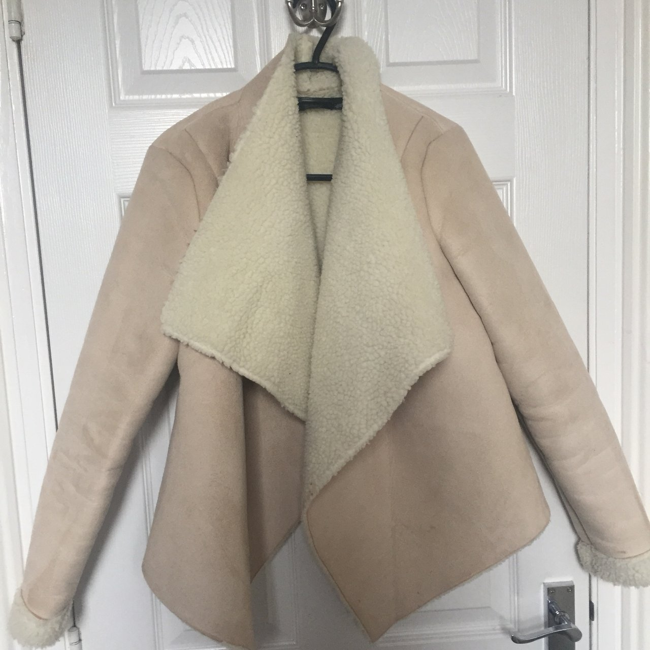 cc96f814bcf6 Missguided beige/nude suede shearling lined Fur lining 8 a - Depop