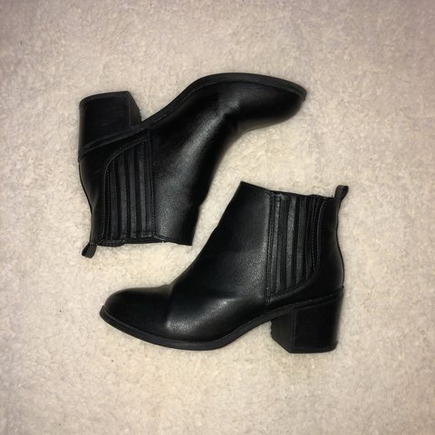 79e3630d9a06 Black leather ankle boots with a small heel  black  ankle - Depop