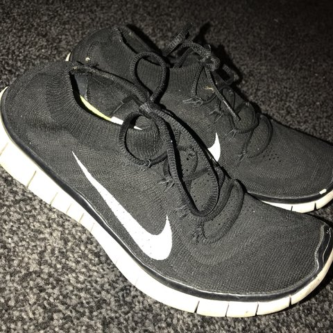 edab7a1a6f09 Nike free run fly knits size 6.5. Still in good condition - Depop