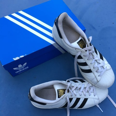 39d1a19c401b @kivabear. 3 years ago. California, USA. Classic Adidas Superstars.