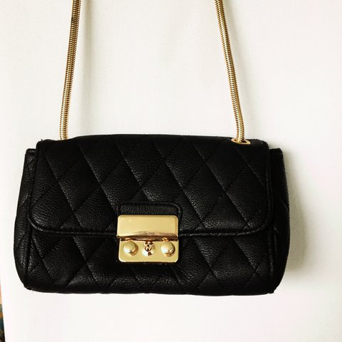 ec8960c30db Topshop Small Quilted Faux Leather bag with gold coloured at - Depop