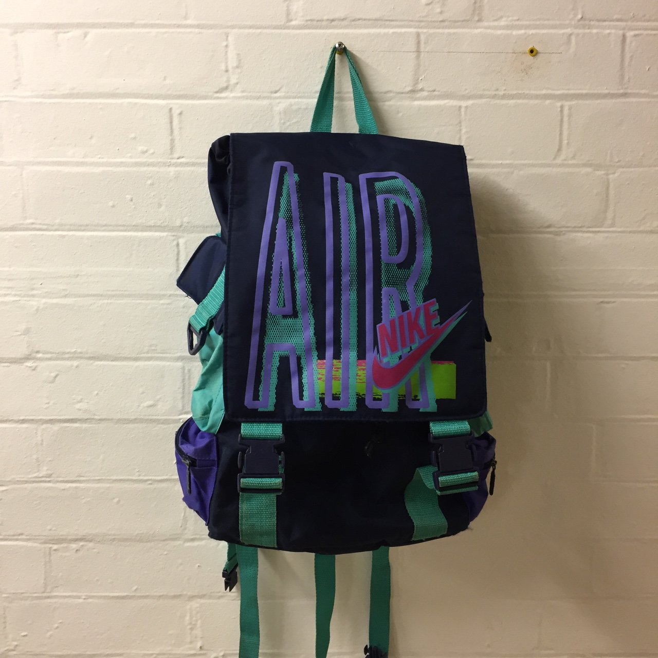 Vintage Nike backpack   rucksack bag. Navy blue with some on - Depop cb2d3fc49b23a