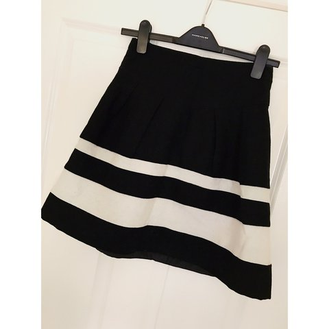 cccca002df 😈😈😈😈😈 PRIMARK. BLACK AND WHITE SKIRT. Fit and flare - Depop