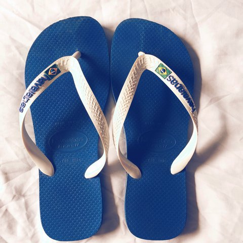 1d1343f24c49 NOW £10 Blue and white genuine havaianas (bought from office - Depop
