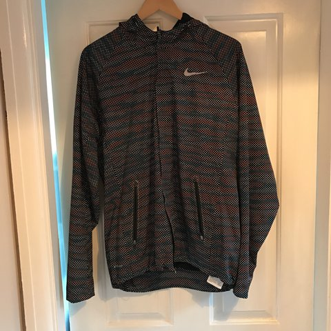 hot sale online eb78c d9799  db11. 2 years ago. Oxford, United Kingdom. Nike running storm fit 5 shield  flash max jacket.