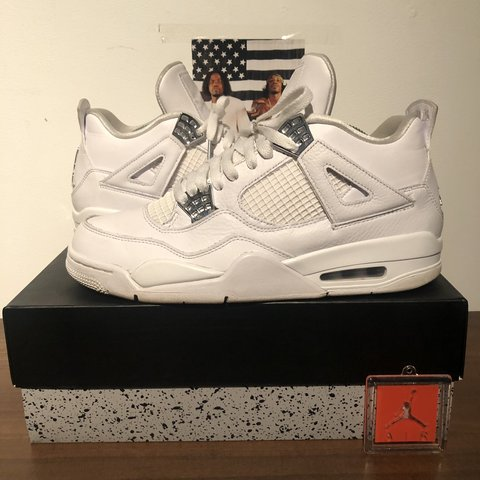 b0a8f4e39e827c Jordan 4 Pure Money  Size 9   8 10 Condition   Comes with og - Depop