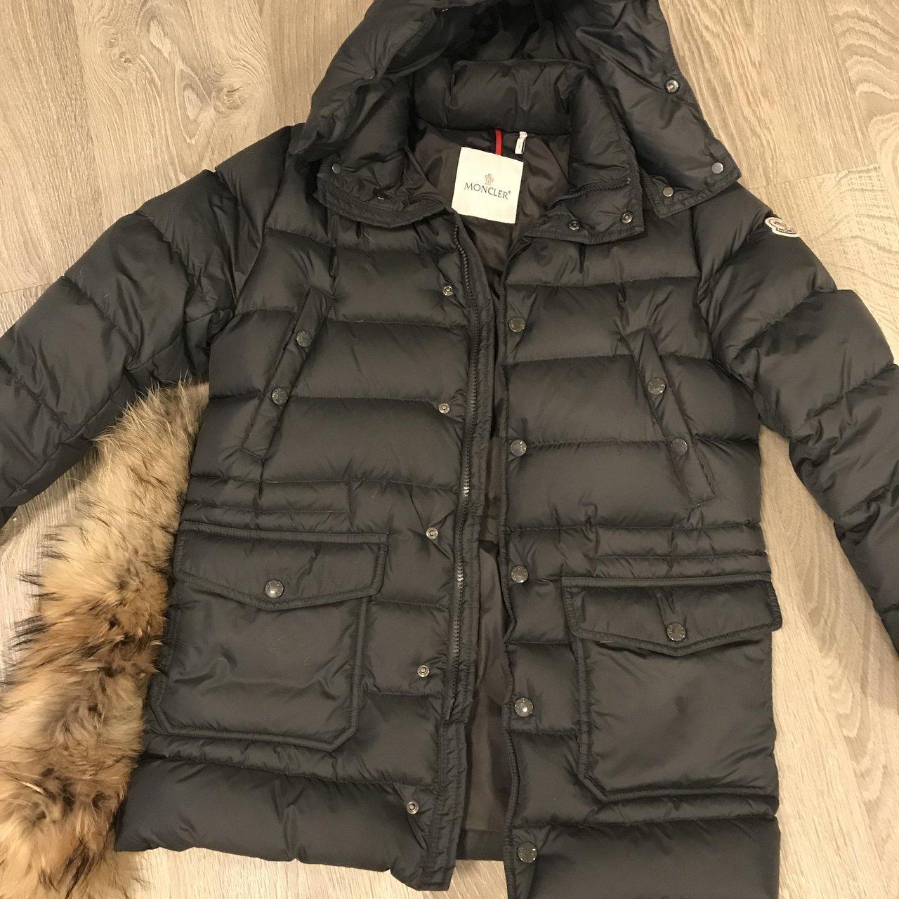 68aaabf2358d Moncler kids size 12 Fits a womens 00-0 Mint condition hood - Depop