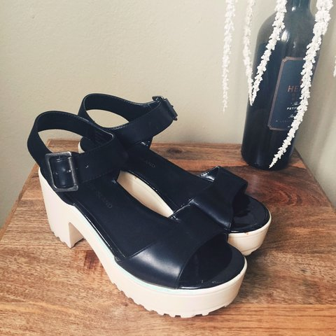 b6c88b0407e Platform sandals from river island. Faux leather in black - Depop