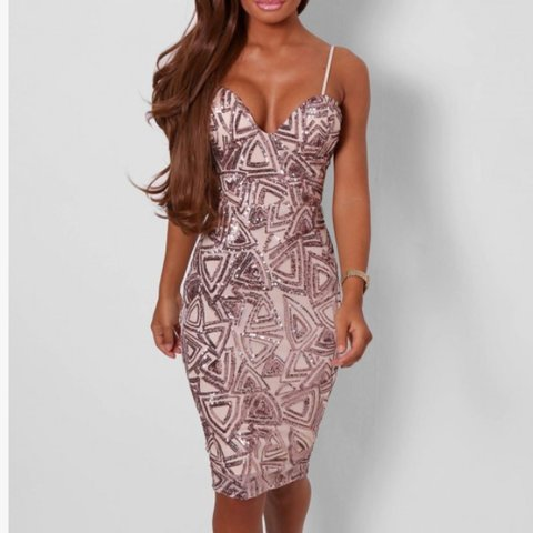 a7c71fa4 @abbeykate_93. 4 years ago. Newport, Newport, UK. Pink Boutique Kindra Rose  Gold Bodycon Sequin Dress ...
