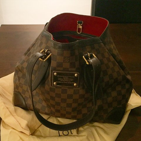 b5f16c8e1fdb Louis Vuitton Hampstead MM Damier Bag. This is a used bag a - Depop