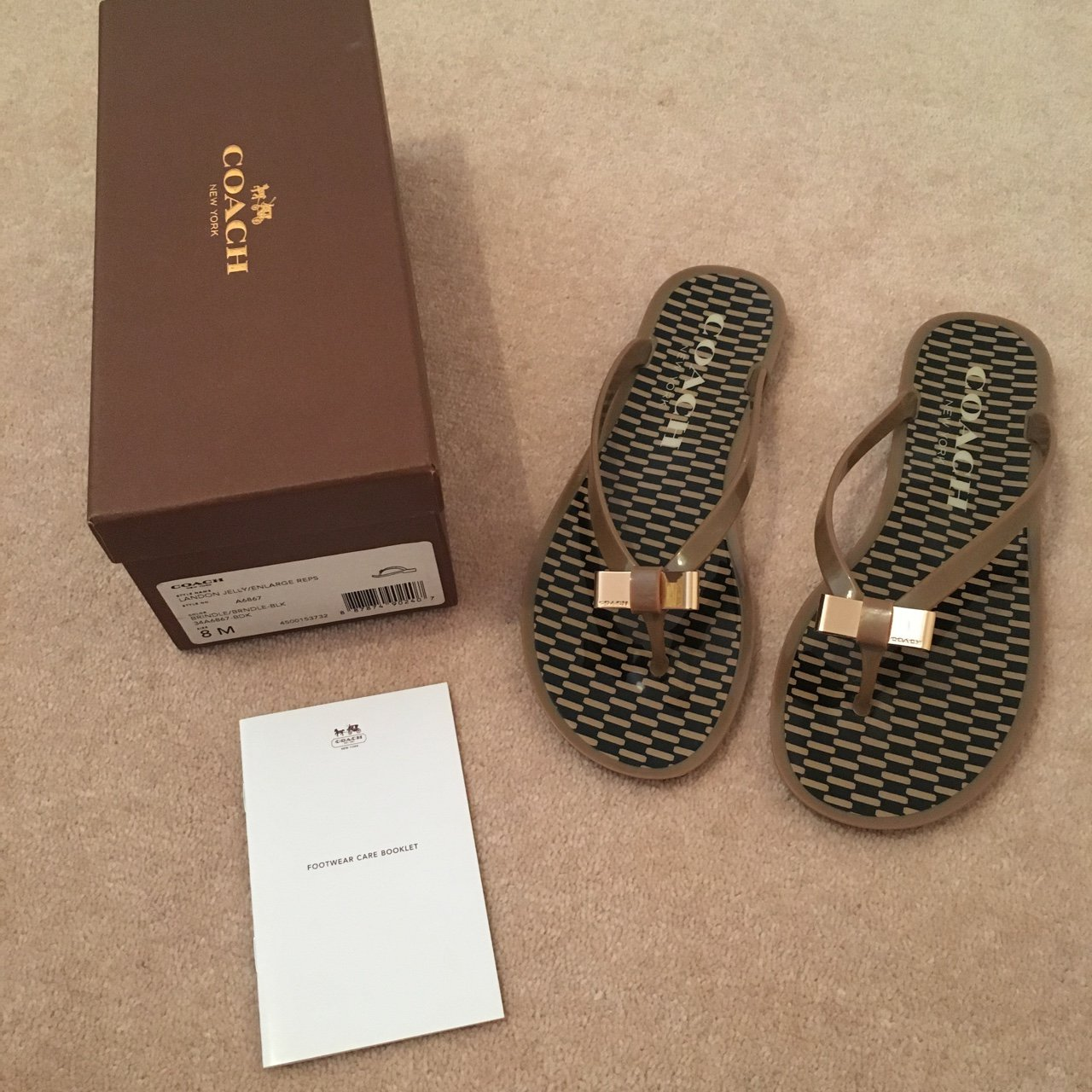 e53b08edfa67d Women s Coach Landon Jelly Sandals Flip Flops. Size US 8 to - Depop