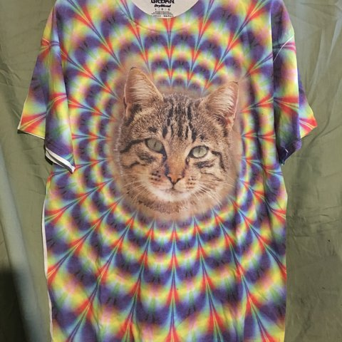 768fc89b @lamevibes. last year. Oxford, United States. Trippy tie dye cat Men's  graphic tshirt.