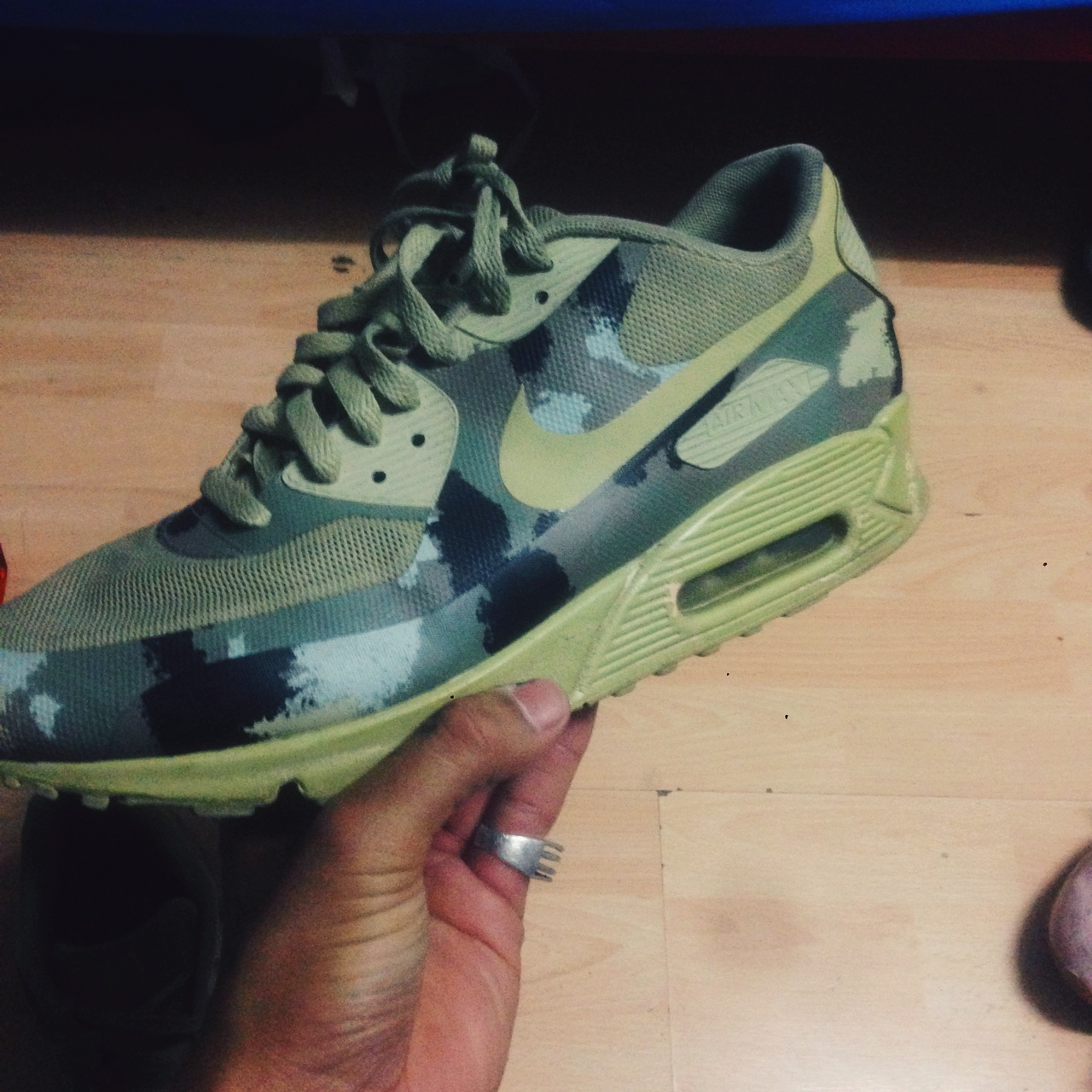 NIKE AIR MAX 90 CAMO PACK(ITALY) SIZE 9. USED BUT