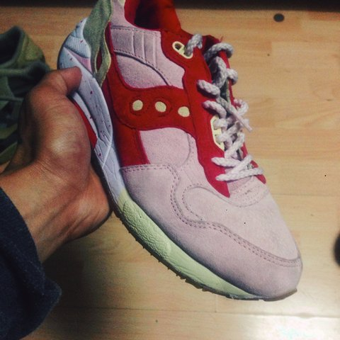 fe98075b1 SAUCONY ICE CREAM TRAINERS. SIZE 7. WORN A FEW TIMES( Has - Depop
